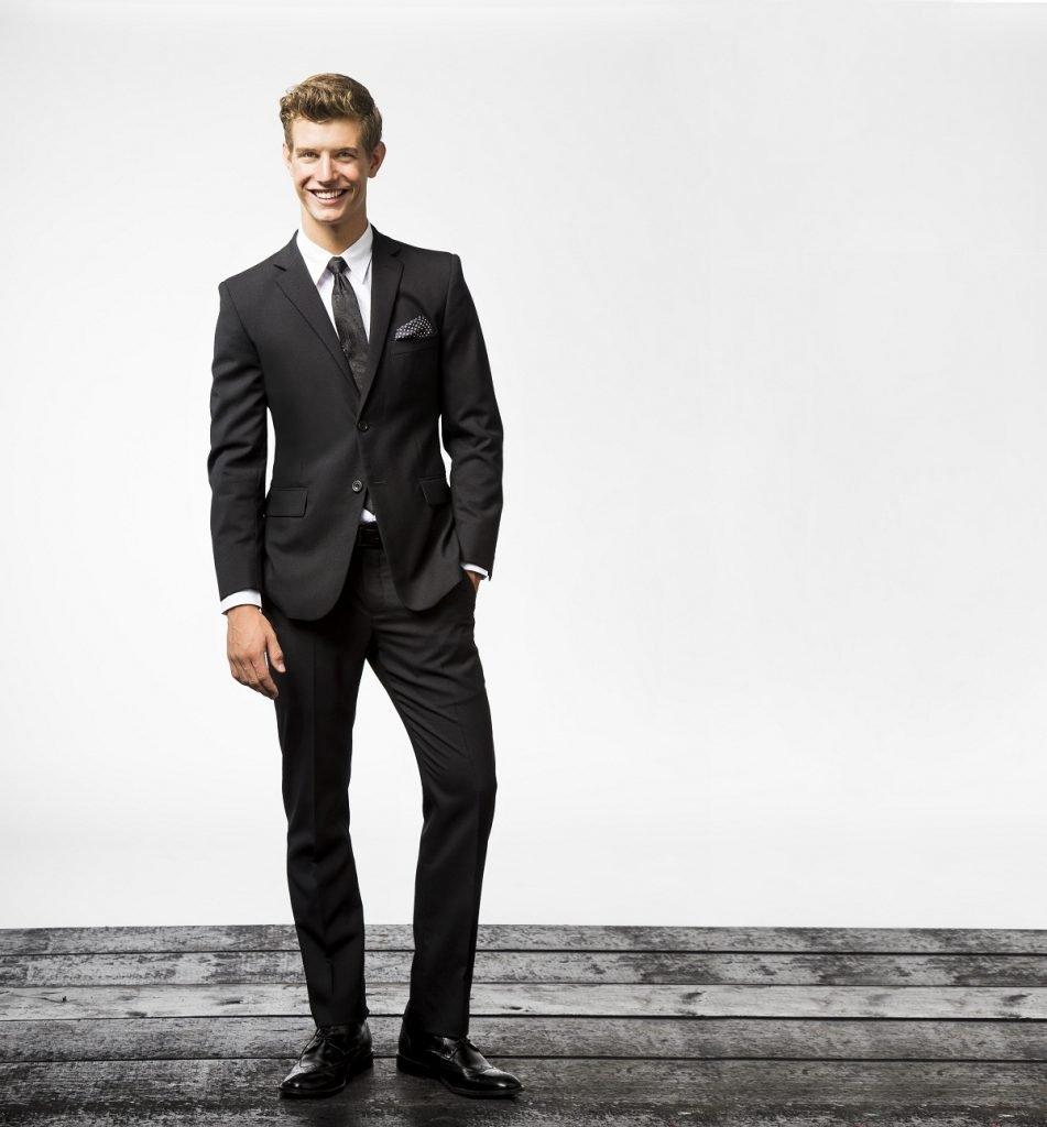 Las 5 ventajas de usar un traje Slim Fit. – Saúl E. Méndez 4b50d7d72d4