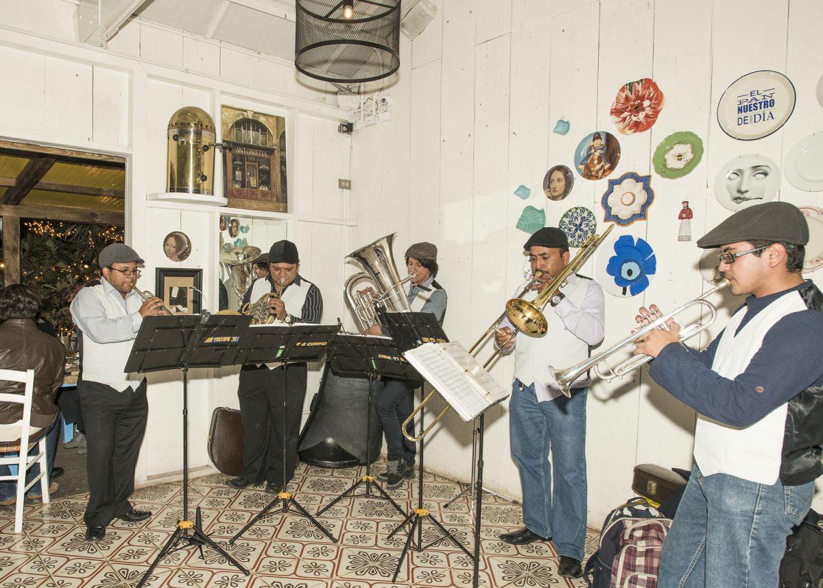 Una Velada inolvidable al ritmo de Jazz en L'Ostería de Saúl Image