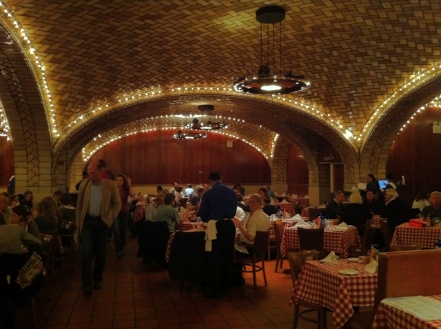 THE OYSTER BAR Image