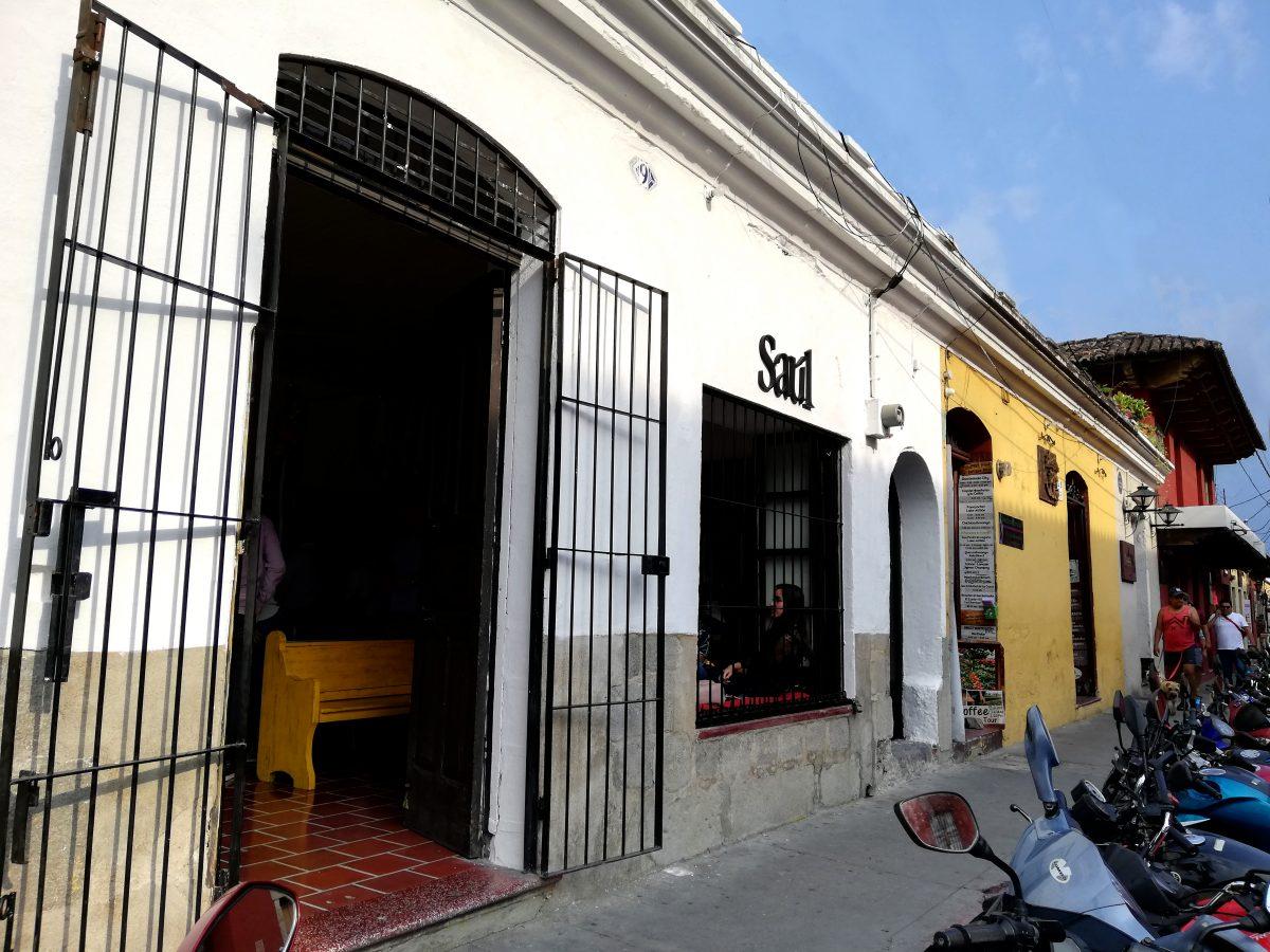 Saúl Café Antigua